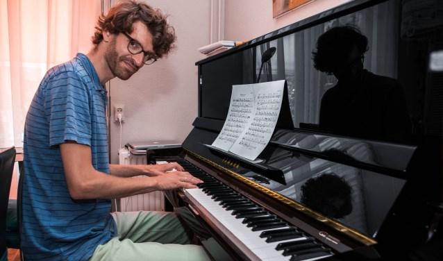 Jazz-muzikant Jan Willem van Delft is als derde geëindigd.