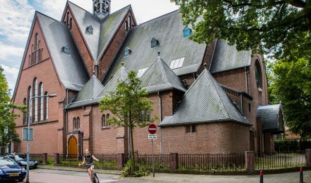 De stichting wil dat Hilversum vergunningaanvraag intrekt.