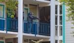 In een woning aan de Sparren werd de man vorige week opgepakt.