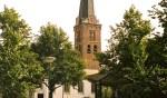 Muziek van het carillon rond de Pauluskerk.