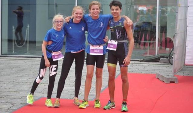 Rosalie Schiouten, Anne Morsink, Jasper Morsink en Joep Aubel.