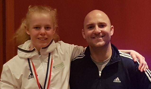 Nadiah met haar trainer Jeroen Dahmen.