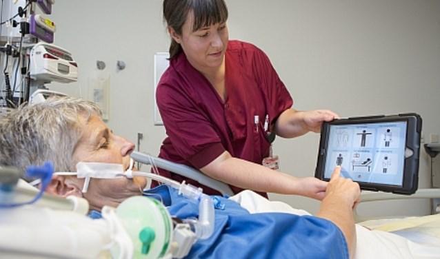 Patiënten IC Tergooi communiceren beter met iPads