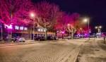 Nu sinds dinsdag de nieuwe sfeerverlichting er hangt, spreken de gebruikers van 'Red Arenapark'.