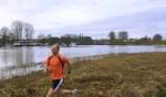 Bjorn van der Neut loopt graag hard op de 's-Gravelandseweg.