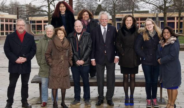 De kandidaten van Ouderpartij Diemen voor de gemeenteraadsverkiezingen op 21 maart.