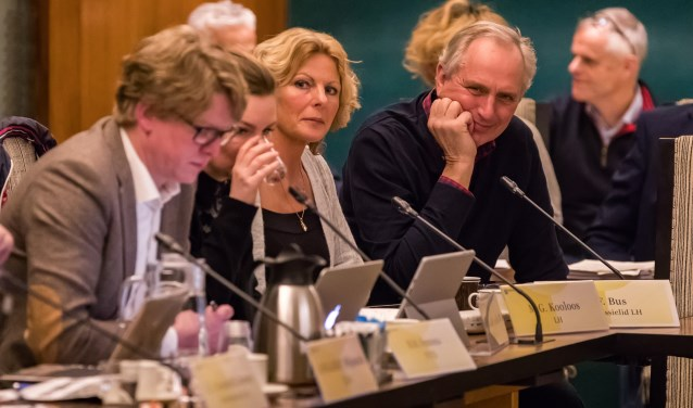 Mirjam Kooloos van Leefbaar Hilversum vindt dat de politiek niet moet blijven afschuiven, maar in actie moet komen.