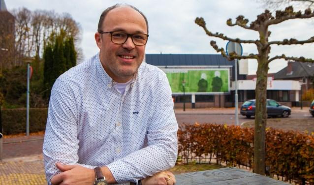 Ruben Woudsma gaat wel door met Vuurwerkmeldpunt Huizen.