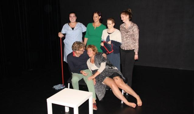 De cast van 'Gouwe Handjes'.