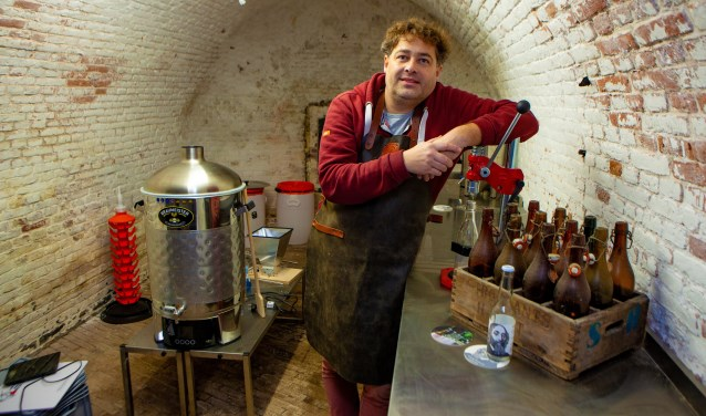 Alexander Plas brengt met zijn brouwerij weer reuring in de Vestingwerken.