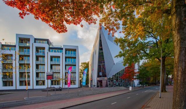 Het poppodium aan de Koninginneweg trekt meer bezoekers, zo blijkt uit de wethoudersbrief.