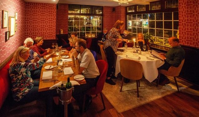 Gezellig tafelen bij Bistrôt Chapeau.