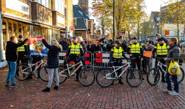 De demonstranten in Hilversum op 17 november.