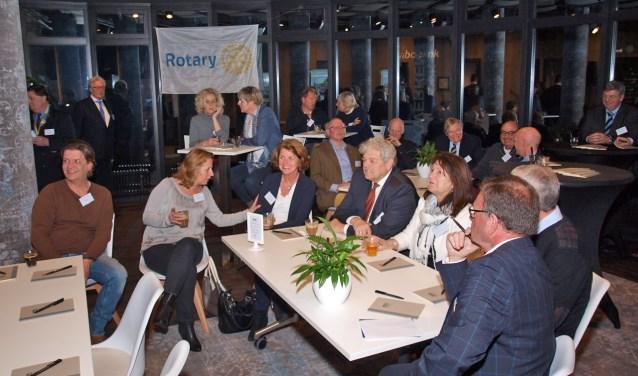 Rotary Gooimeer organiseert wel vaker seminars. Bijvoorbeeld over het winkelen van de toekomst.