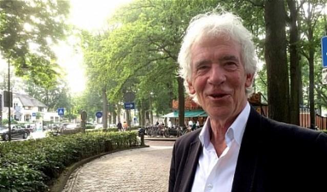 Fractievoorzitter Peter Calis van Larens Behoud.