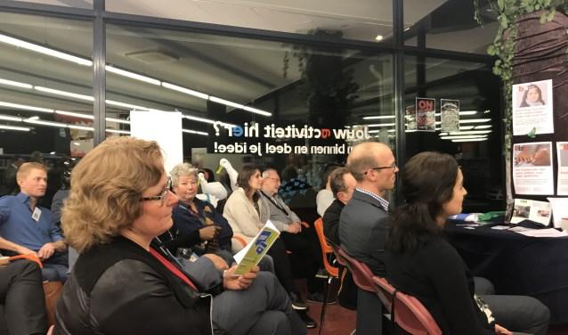 e0d46139d6b221 Debat over jongeren in bibliotheek   DiemerNieuws