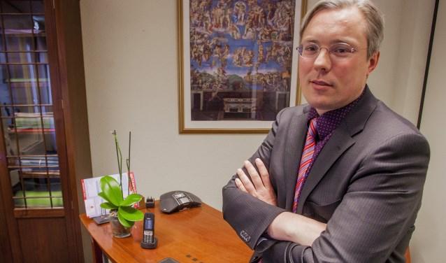 Notaris Erik Schade.