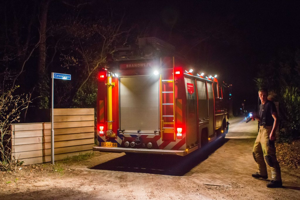 Ook de brandweer kwam ter plaatse.  Foto Miché/Peter Mol © Enter Media