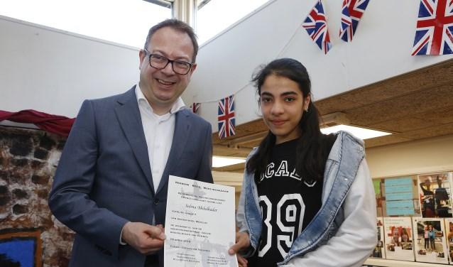 Salma wint gedichtenwedstrijd Eemnes