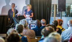 De Gooise initiatiefgroep van Knarrenhof pitchte maandagavond hun woonconcept.