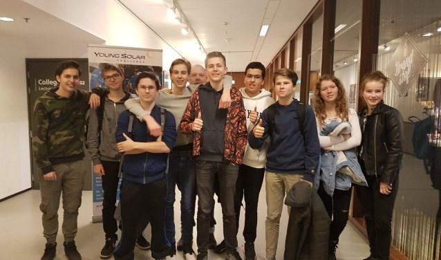 Het Young Solar team van het IJburg College 2 is goedgemutst.