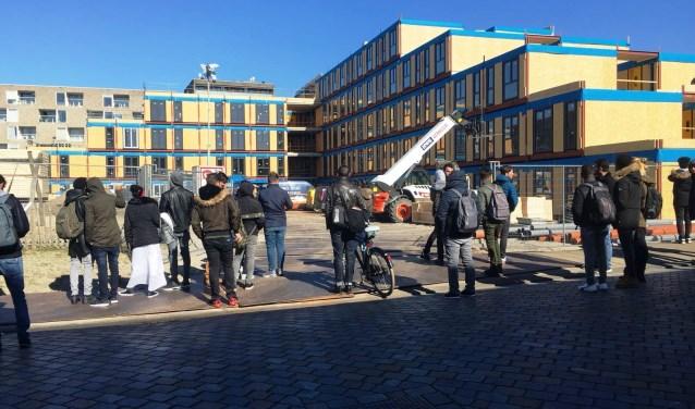 Wonen In Ijburg : Statushouders zijn blij met ijburg ijburgernieuws