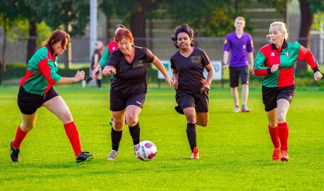 De vrouwen speelden vele wedstrijden.
