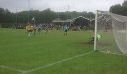 De penalty van Diemen die voor de 0-1 ruststand zorgde.