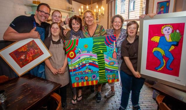 Afgelopen week werd er kunst verkocht op en rond de Biersteeg.