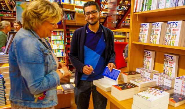 'Wees Onzichtbaar' won de Libris Literatuurprijs 2018.