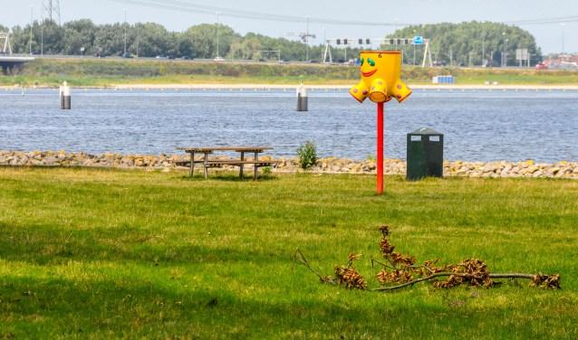 De volgende vete tussen Oud Valkeveen-ondernemer Van de Kuit en de gemeente gaat over het Naarderbos-strandje.