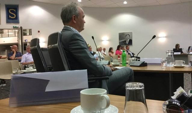 Raadslid Martijn Gebbink tijdens de speech van de burgermeester.