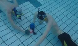 Wedstrijd onderwaterhockey van Gooise Onderwatersport Vereniging.