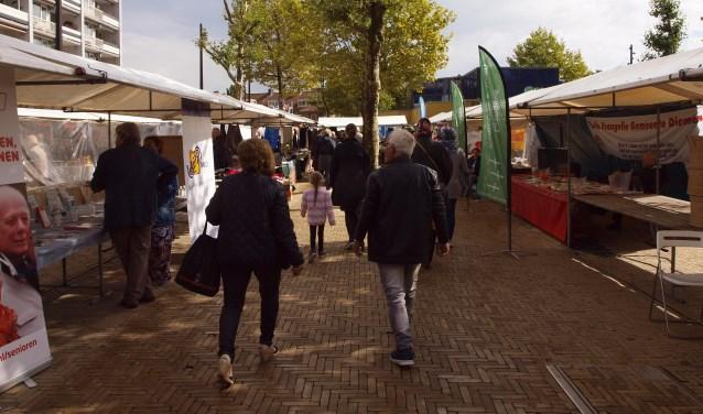De kramenmarkt in 2017.