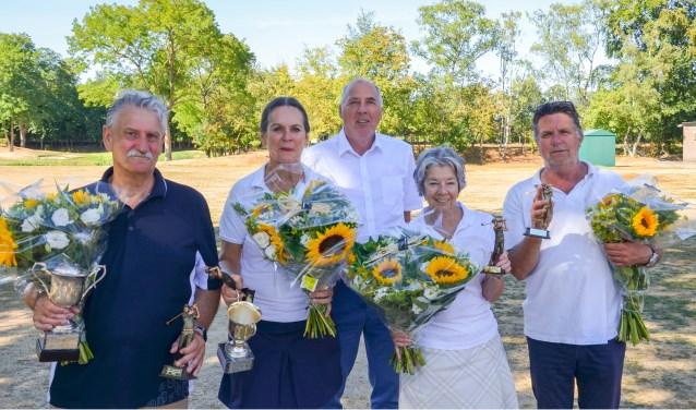 V.l.n.r.: Trevor Ashman, Margrit Velstra, Willem Raaijmakers, Pauline Groenhof en Fred van Rosmalen.