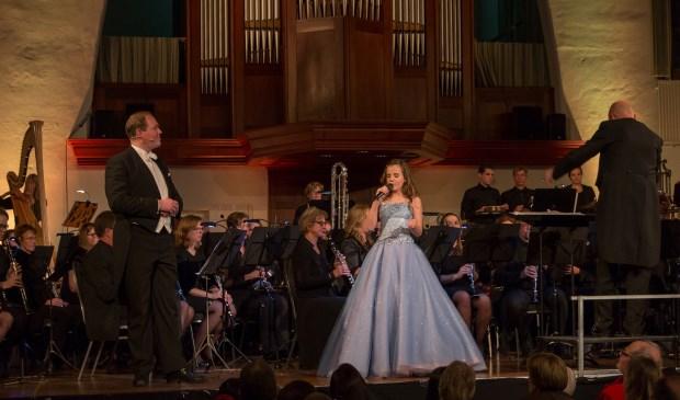 Amira en de tenor Ben Heijnen in de Nieuwe Kerk.