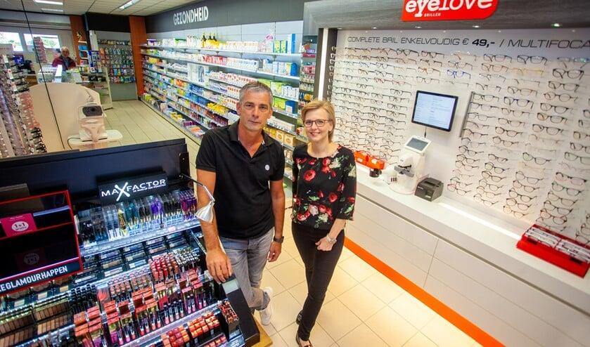 Patrick Kelder en Jenny Pool leiden DA Drogisterij & Parfumerie Holleblok.