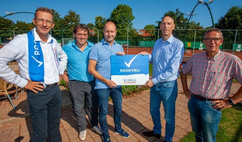 Tennisvereniging Naarden is vanaf nu rookvrij.