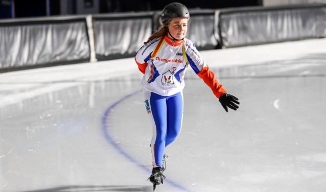 Froukje is dol op schaatsen en komt vrijdag in actie op de Weissensee.