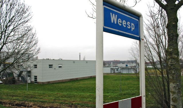 Langs de Verlengde Rijnkade bij de entree van Weesp: een ideale locatie voor ALLSAFE.