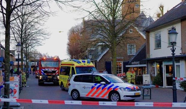 Hulpdiensten rukten massaal uit en ook een traumahelikopter werd gealarmeerd.