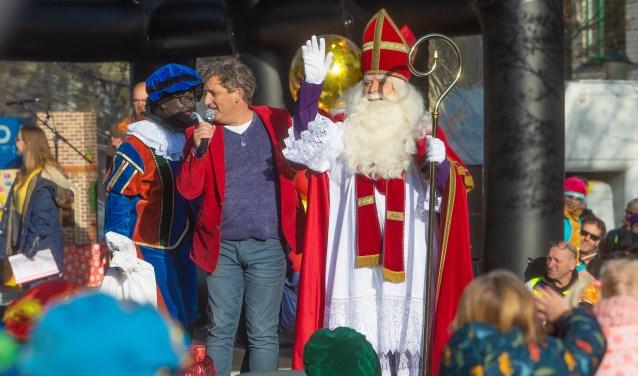 [Foto's en video] Sinterklaas warm ontvangen in Bussum - BussumsNieuws