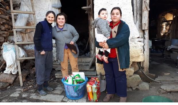 Het Albanië Comité laat foto's en filmpjes zien over het werk in Albanië.