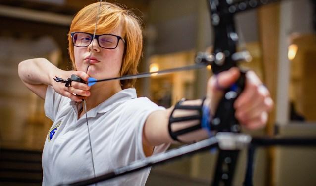 """Ilona Hollander: """"Naast de techniek van het schieten, is het vooral een spelletje in je hoofd."""""""