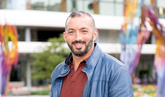 Ahmet Turkmen maakt zelf een moeilijke periode mee en spreekt liever over 'onbegrepen gedrag' dan over 'verwarde mensen'.