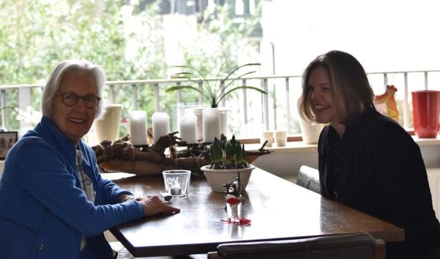 Edu Kraaier en Irene Vergoossen zijn allebei lid van de orde van de weefsters Sophia Omnia Vincit.