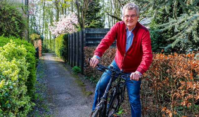 Jan Portengen pakt liever de fiets dan dat hij het vliegtuig neemt.