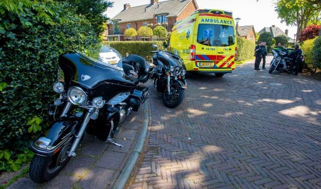 Een motorrijder liep beenletsel op bij een aanrijding.