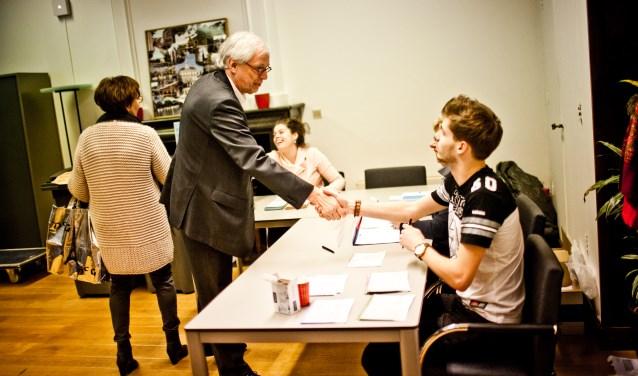 Bas Jan van Bochove in het stembureau tijdens de provinciale verkiezingen in 2015.