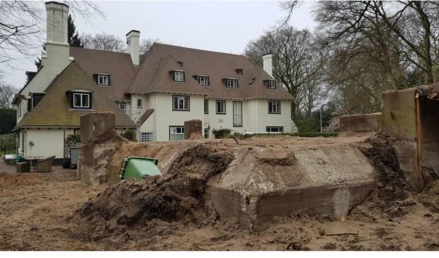 De villa met de bunker, die nu gemeentelijk monument is na onder andere onderzoek van de Welstandscommissie.